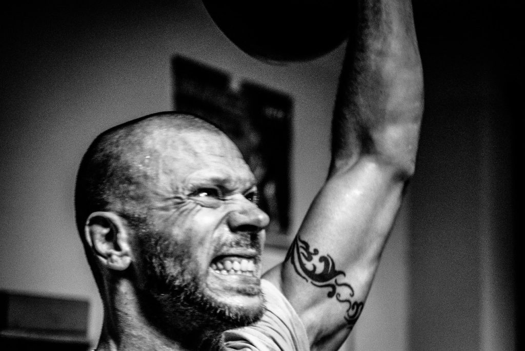 how to use dumbbells for Shoulders