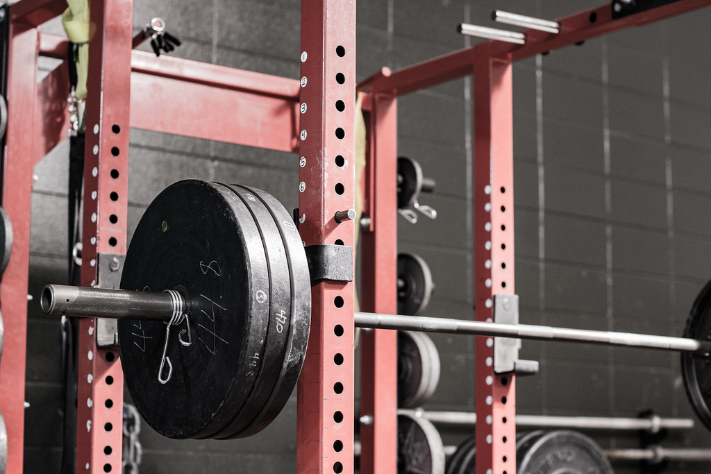 How To Adjust Squat Rack