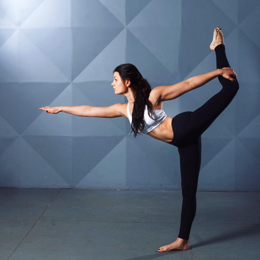 Best Yoga Pants For Curvy Figure